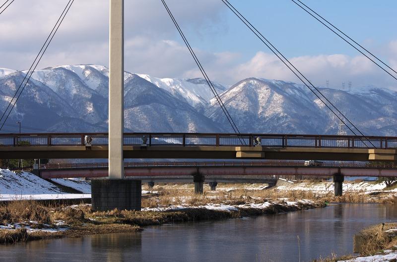 知内川 雪景色 雪化粧 河川敷 橋