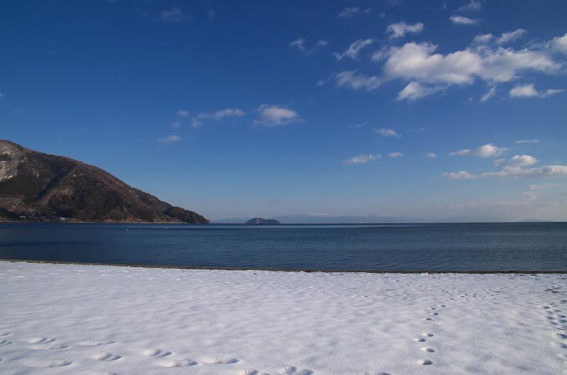 知内浜 雪化粧