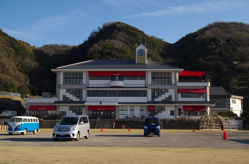 のじまスコーラ 旧淡路市立野島小学校 全景