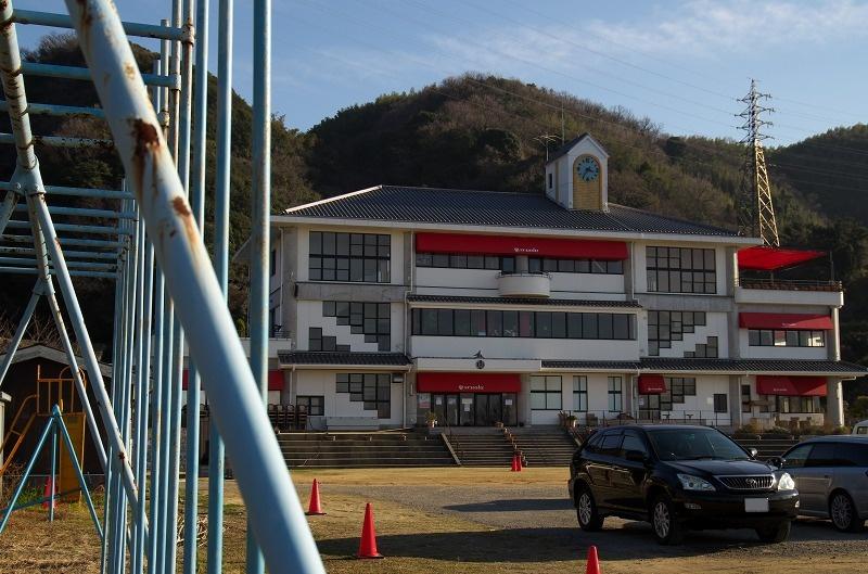 のじまスコーラ 校舎