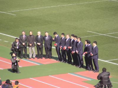 日本代表キャップ授与式には、ノーベル化学賞を受賞した山中教授が参加