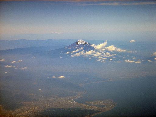 初夏の富士山.jpg