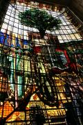 080 ゲルニカ議事堂の天井ステンドグラス