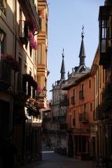 1353 Calle Mariano Dominguez Berrueta