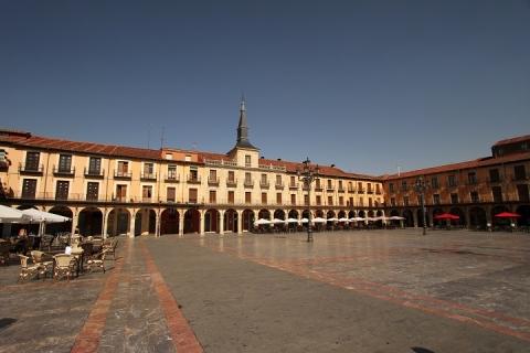 1354 Plaza Mayor de Leon