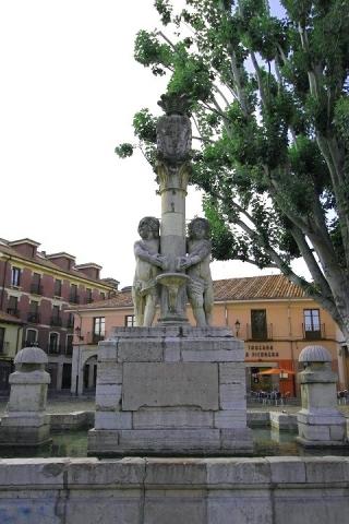 1392 Plaza del Grano