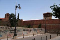 1409 dentro de muralla