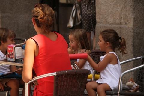 1658 Plaza Espana