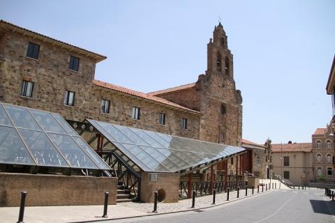 1687 Iglesia de San Francisco y museo romano