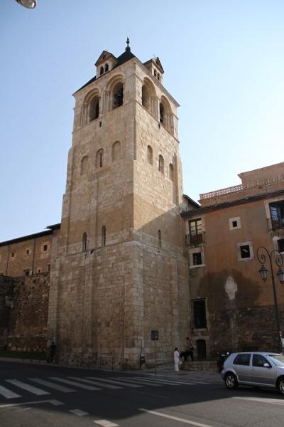 1867 Torre de San Isidoro