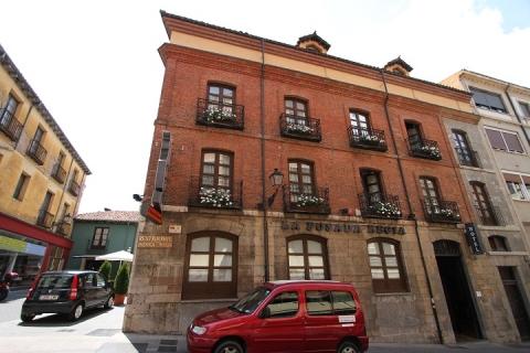1981 Hotel La Posada Regia