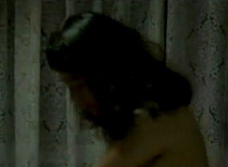 【麻生真宮子】騎乗位で大胆に腰を振りまくる濡れ場
