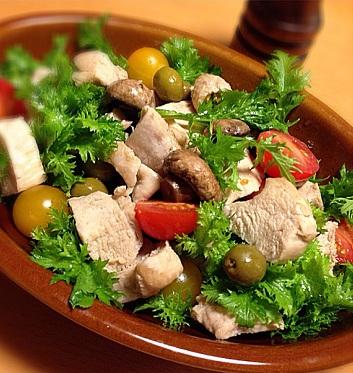 わさび菜と鶏肉ののサラダ