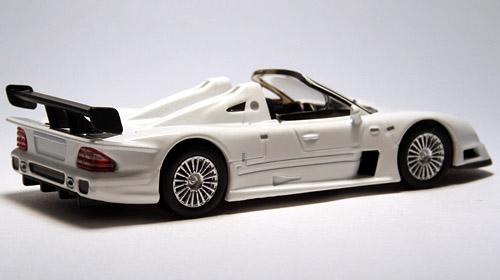 CLK_GTR_Roadster_002.jpg