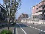 20110410朝霧病院への坂