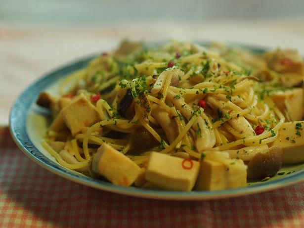 豆腐 の ペペロンチーノ