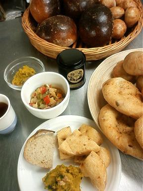 パンと料理7