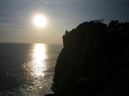 ウルワトゥの夕日