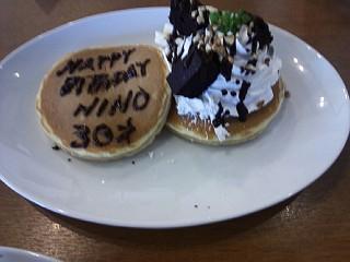 130616佳恵さんパンケーキ
