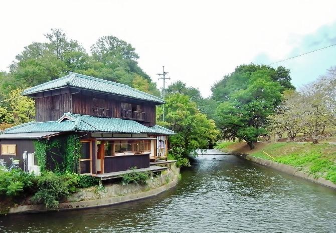 三宅商店水辺のカフェ