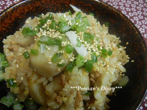 里芋と鶏そぼろの炊き込みご飯♪