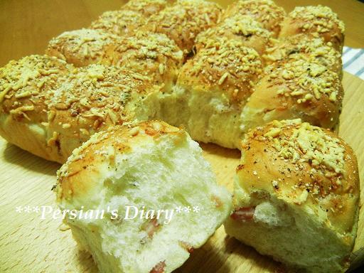 サラミのちぎりパン♪