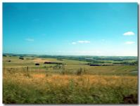 車窓からの牧場地帯-2-