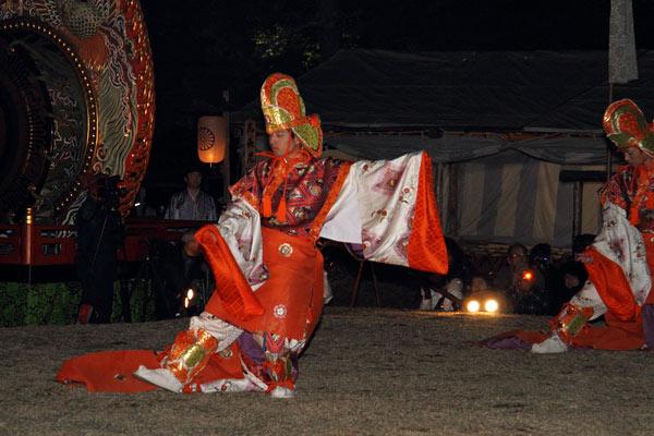 おん祭 舞楽1