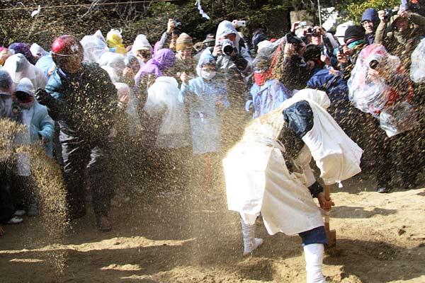 廣瀬神社 砂かけ祭1