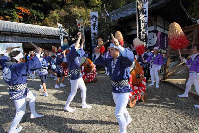 下部神社 太鼓踊り2