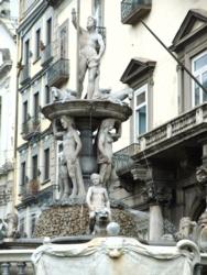ナポリ28ヌオーヴォ城周辺