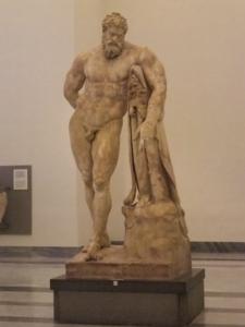 ナポリ38ファルネーゼのヘラクレス
