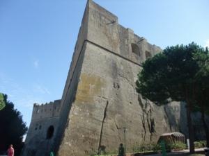ナポリ52サンテルモ城