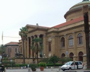 パレルモ17マッシモ劇場