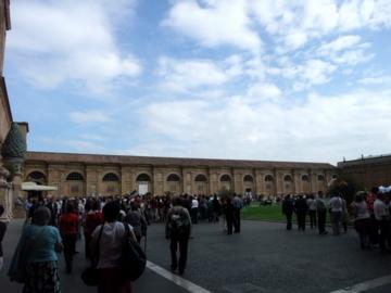 ローマ023-ヴァチカン:ピーニャの中庭