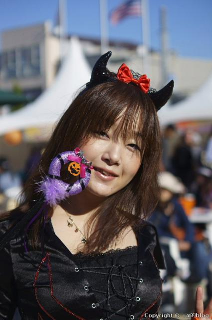 Halloween12t_eip.jpg