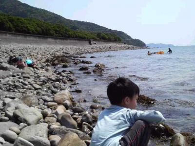 2010チビと海