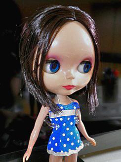 eboni_20110728000159.jpg
