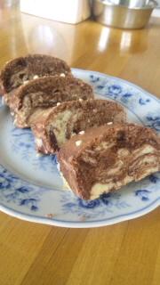 マーブルバターケーキ