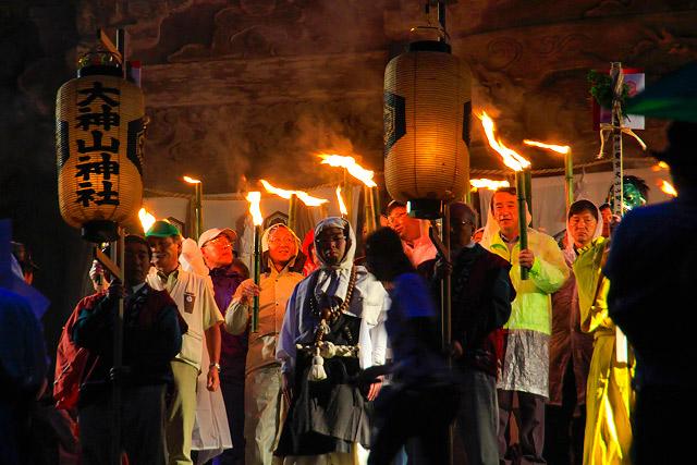 大神山神社 大山寺 たいまつ行列 夏山開き祭り