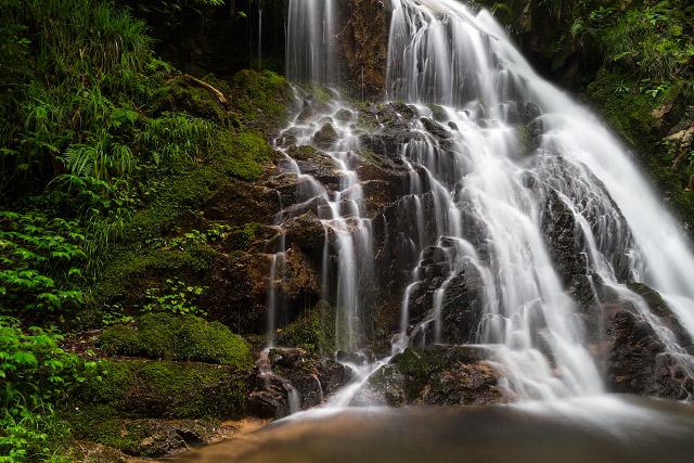 岡山県真庭市 古屋の不動滝
