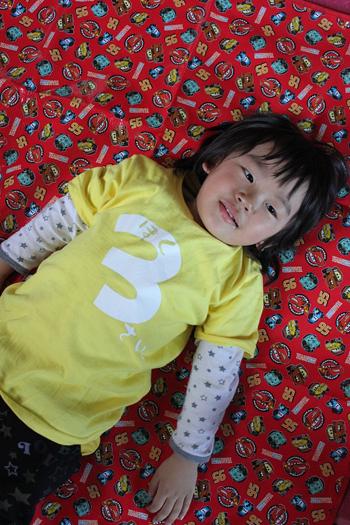 3さいTシャツ1