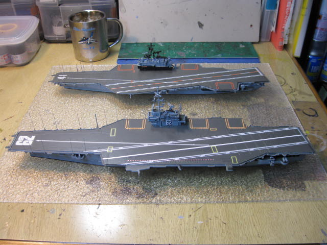 CV-62 INDEPENDENCE の11