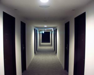 東急ビズフォート神戸元町(4)廊下