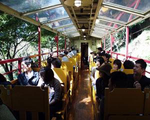 嵯峨野トロッコ列車車内1