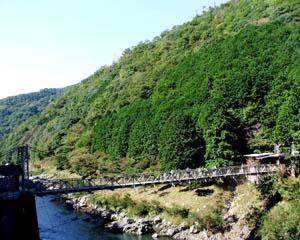 保津川つり橋