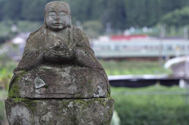 青部 川地蔵