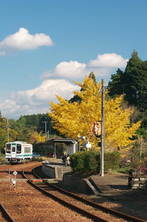 ローカル線の秋
