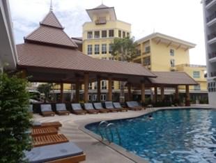 クリスタル パレス ホテル パタヤ (Crystal Palace Hotel Pattaya)