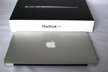 MacBook Air 1600  MC969J/A 128GBSSD